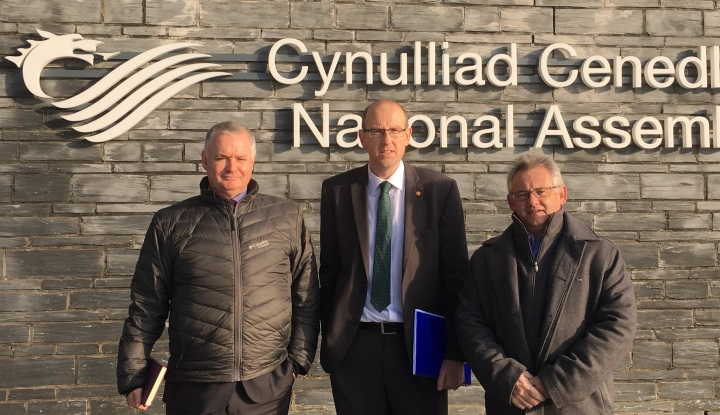 Llyr Gruffydd AM (centre) pictured with Mark Douglas, regional director Wales of NatWest and Mike German, CEO NatWest North Wales, meeting at the National Assembly for Wales.